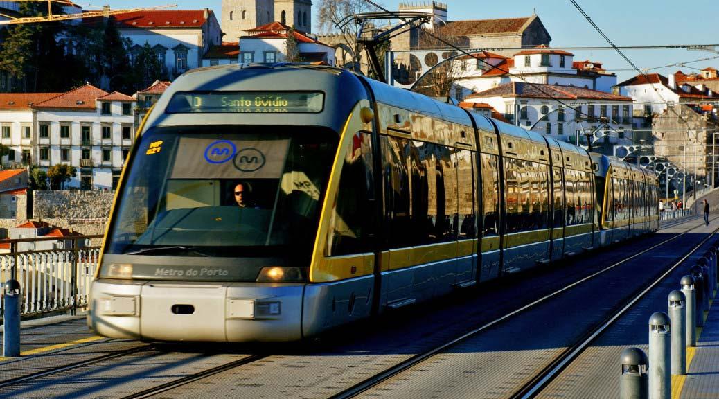 Общественный транспорт Порту