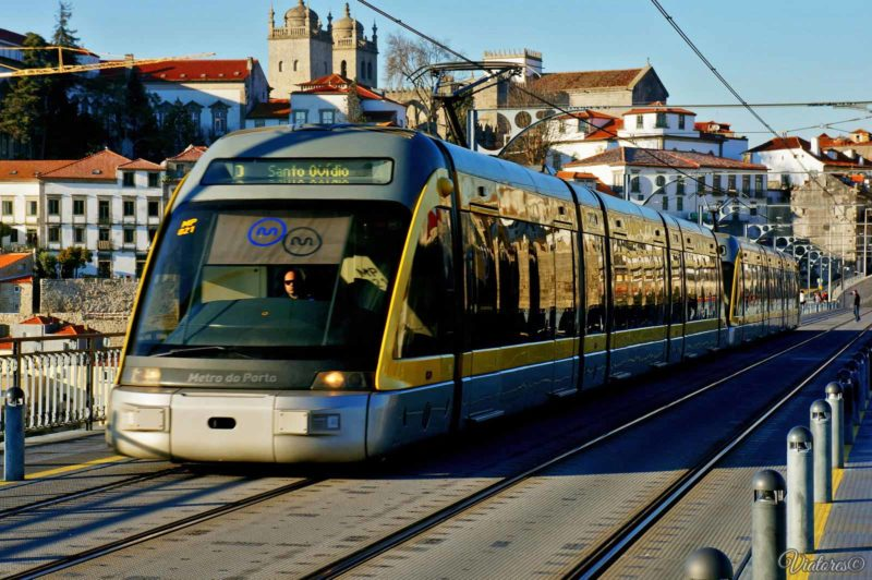 How to get to Porto from airport