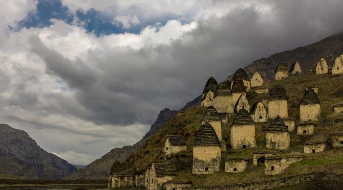 Даргавс — город мертвых в Северной Осетии
