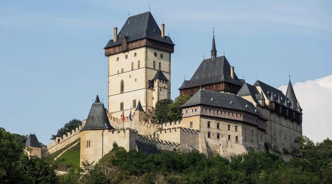 Куда съездить из Праги на один день? Замок Карлштейн