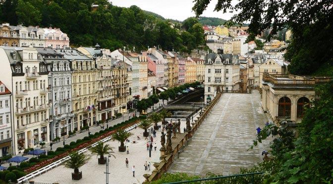 Куда съездить из Праги на один день? Карловы Вары