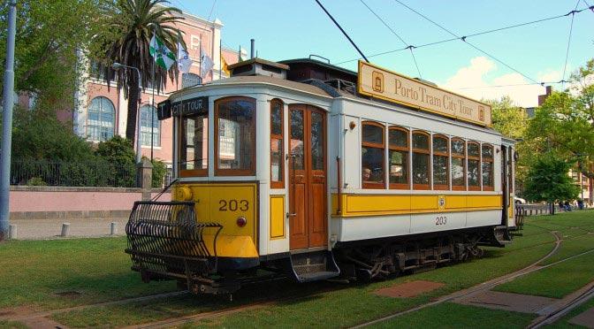 Поездка на старинном трамвае (Porto Tram)