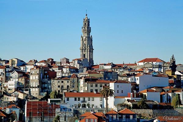 Tore dos Clerigos. Porto