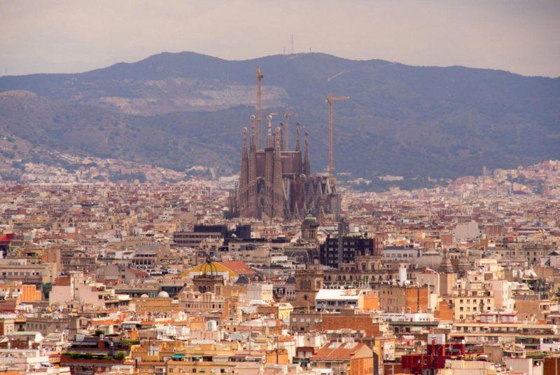 Базилика Святого Семейства. Temple Expiatori de la Sagrada Família. Spain .Barcelona